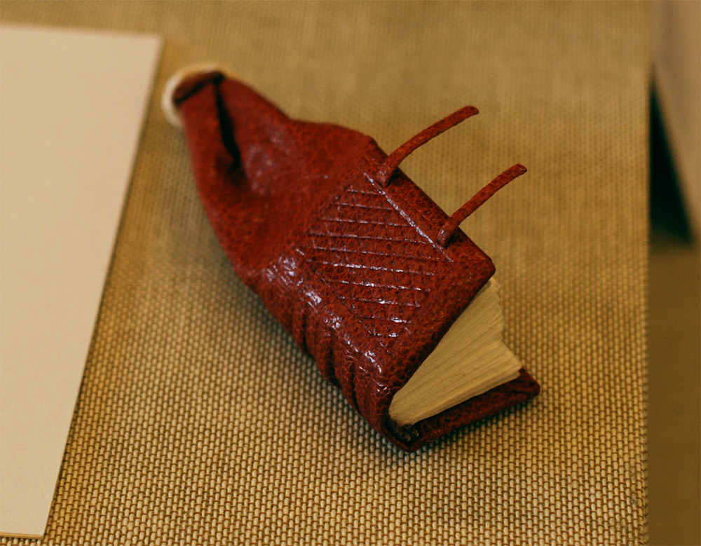 MiniGirdleBook-LaurenCalcote